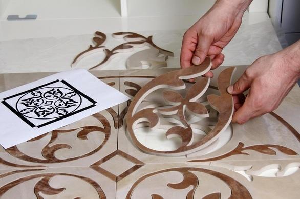 Как положить плитку своими руками на кухне